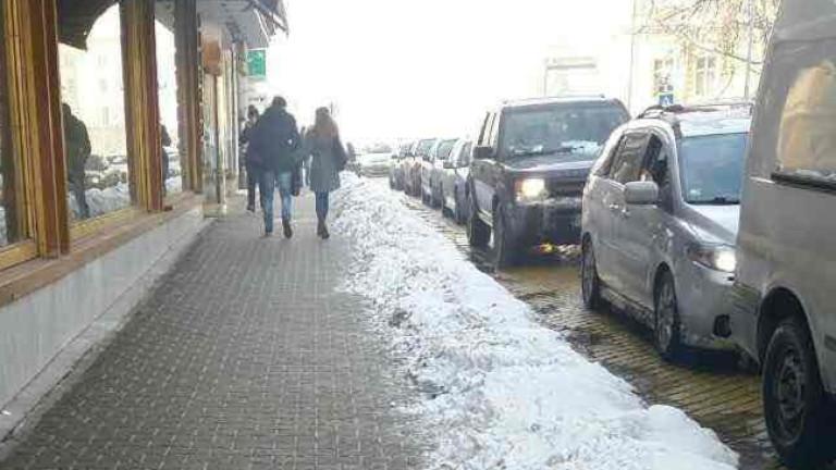 Организация предлага на Фандъкова план за ремонт на тротоарите в София