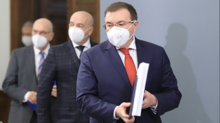Костадин Ангелов: Ако мислим само за изборите, ще трябва да избираме нов народ