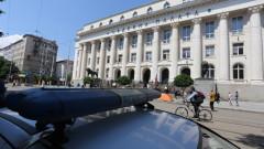 Палатки обградиха Съдебната палата в София