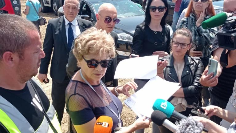 Министърът на регионалното развитие и благоустройството Виолета Комитова инспектира строителна