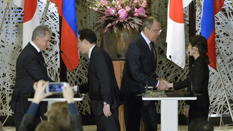 Япония даде предложения на Русия за Курилите