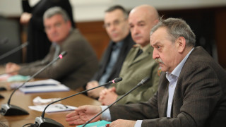 Кризата COVID-19, авария с шламохранилище край Перник, Заев вярва в приятелството ни...