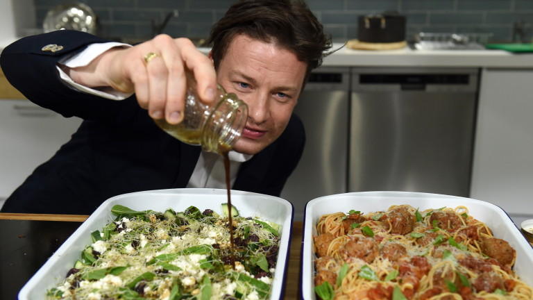 Веригата ресторанти на популярния готвач Джейми Оливър е пред изпадане