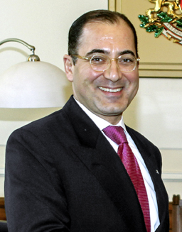 Какво ще правим в бъдеще заедно, ни пита турският посланик в България