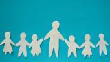 Детски надбавки за всички - справедливост или популизъм
