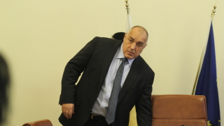 Борисов оставял близо милиард излишък и пожелава успех