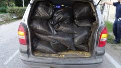 Откриха 53 кг контрабанден тютюн в колата на перничанин