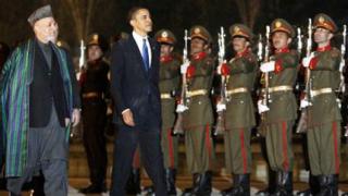 Обама на изненадваща визита в Афганистан