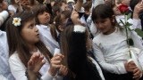 МОН няма да скъсява лятната ваканция на учениците