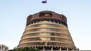 В Нова Зеландия подкрепиха стриктни закони върху притежанието на оръжие