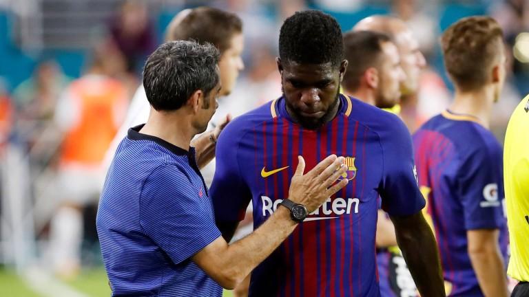 "Бартомеу: Няма тема ""Умтити"", той остава в Барселона"