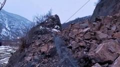 Укрепват свлачището при 72-ри км на пътя Кюстендил-Перник