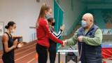 Министър Кралев наблюдава стартовете на националния шампионат по лека атлетика в зала за юноши и девойки
