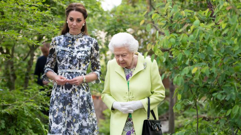 Защо кралицата е фен на Кейт