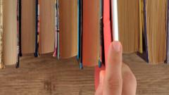 Регионалната библиотека във Варна раздава книги чрез библиомат