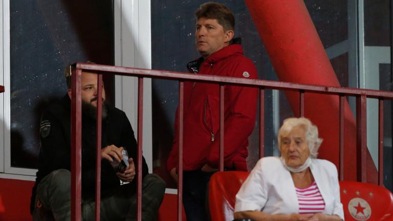 Стойчо Стоилов: Петър Костадинов ронеше сълзи, че се подиграха с труда му