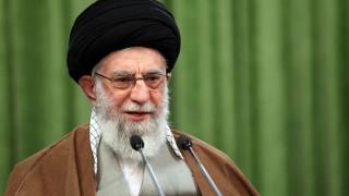 Хаменеи: Предложенията на преговорите във Виена не си струват да се погледнат