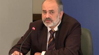 Тотю Младенов и Вежди готвят закон за пенсионираните ни звезди