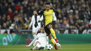 Арсенал и Борусия (Дортмунд) са далеч от сделка за Обамеянг