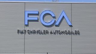 Fiat Chrysler привиква 4,8 милиона автомобила в сервиза