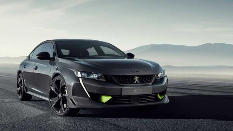 Peugeot и Fiat обещаха да не съкращават марки, ако се обединят