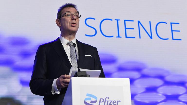 Алберт Бурла, главен изпълнителен директор на американската компания за ваксини