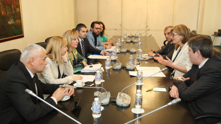 МВнР се задейства в защита на обвинените в трафик българи в Гърция