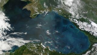 """Италианският концерн Eni напусна съвместния проект с """"Роснефт"""" в Черно море"""