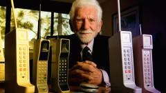 Навършват се 45 години от първия разговор с мобилен телефон