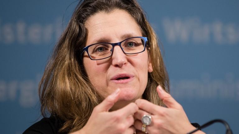 ЕС, САЩ и Канада поискаха от Китай да освободи двамата канадци