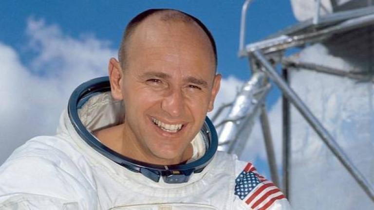 Космическата общност се сбогува с Алън Бийн