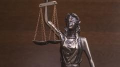 Условна присъда за 43-годишен, блудствал с дете