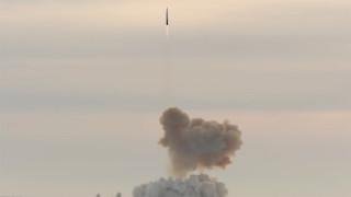 """Свръхзвуковият ракетен комплекс """"Авангард"""" застъпи на бойно дежурство в Русия"""