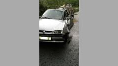 Камион поднесе на завой, загина шофьор на лек автомобил