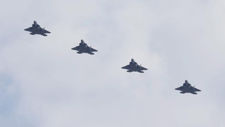 Су-57 е смъртоносният противник за F-22. Това е заключението на