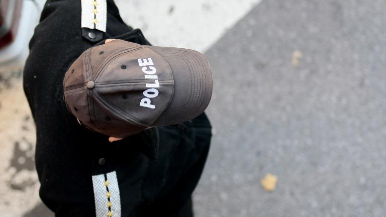Полицай удари 16-годишен в София заради неносене на маска в метрото