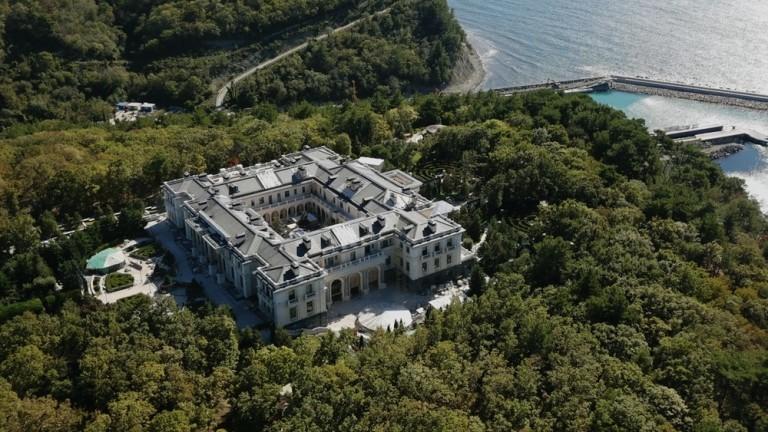 Ш. - фиктивният собственик на двореца на Путин