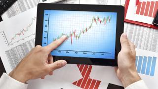 Компанията, чиито акции скочиха с 4 500%, продължава да поскъпва. И никой не знае защо