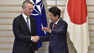 Шефът на НАТО зове за максимален натиск срещу Северна Корея