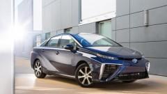 Toyota Mirai с пълен резервоар с водород успя да измине рекордните 1359.9 км.
