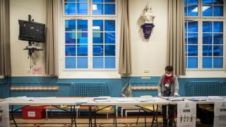 Франция гласува на местни избори въпреки коронавируса