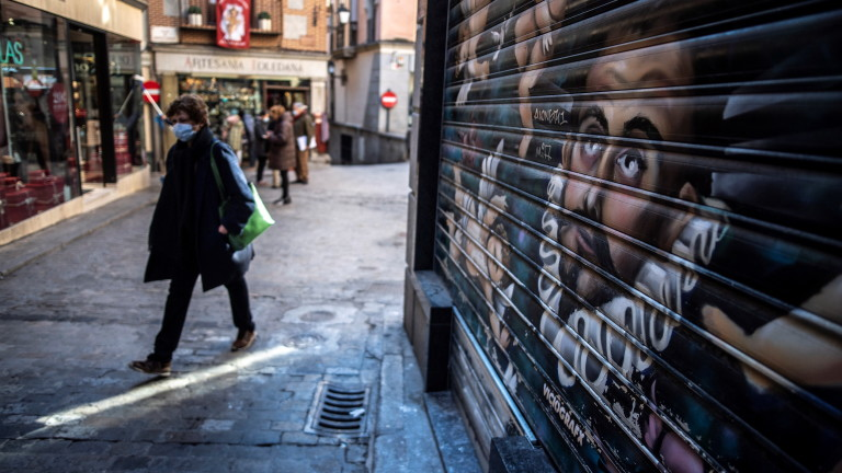 Испания с нови антирекорди по заразени с коронавирус