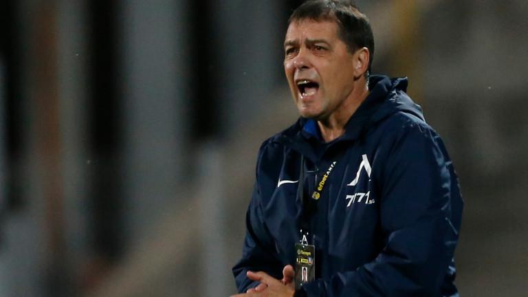 Левски ще бъде без своя капитан Живко Миланов и в