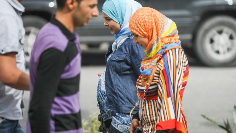 Жените в Тунис вече са свободни да се омъжват за немюсюлмани