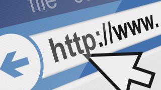 Собственик на сайт го грози глоба заради обява за продажба на домашна ракия