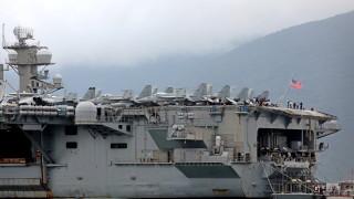 Уволниха капитана на US самолетоносач, надценил заплахата от коронавирус