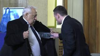 Уволниха Гарелов като медиен съветник на служебното правителство
