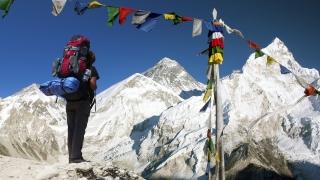 Шерпа изкачи Еверест за 23-ти път