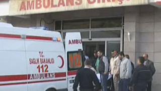 """Рухнал таван рани четирима на летище """"Ататюрк"""" в Истанбул"""