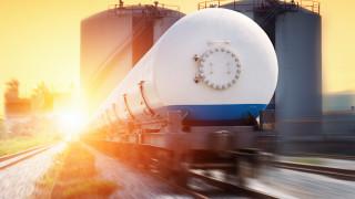 От Тексас до Токио, втечненият природен газ се готви за лоша година